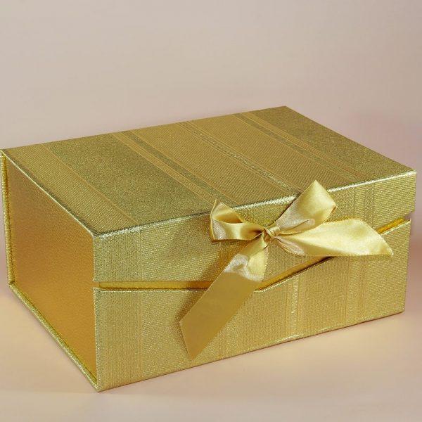altın yaldız hediyelik kutu matbaa