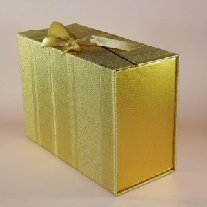 hediyelik altın yaldız kutu