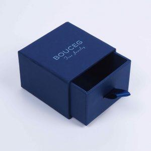 çekmece formlu aksesuar kutu tasarımı